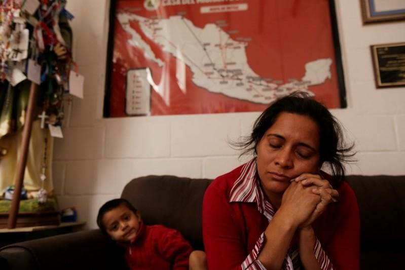 Asylum seekers say U.S. officials returned them to Mexico but kept their IDs