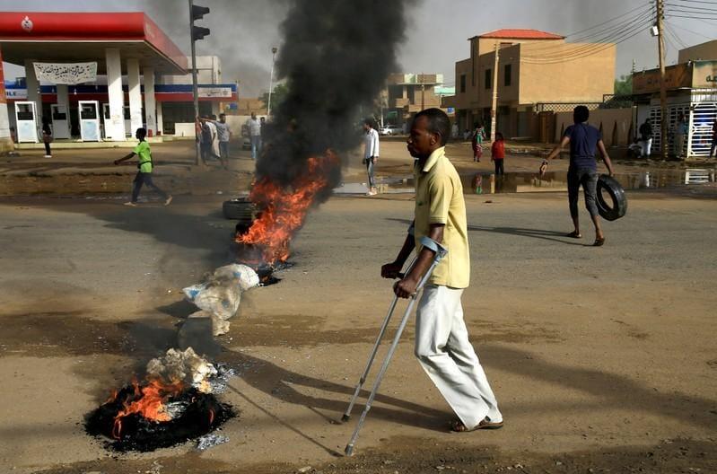 Sudans public prosecutor to investigate violence at protest site: SUNA