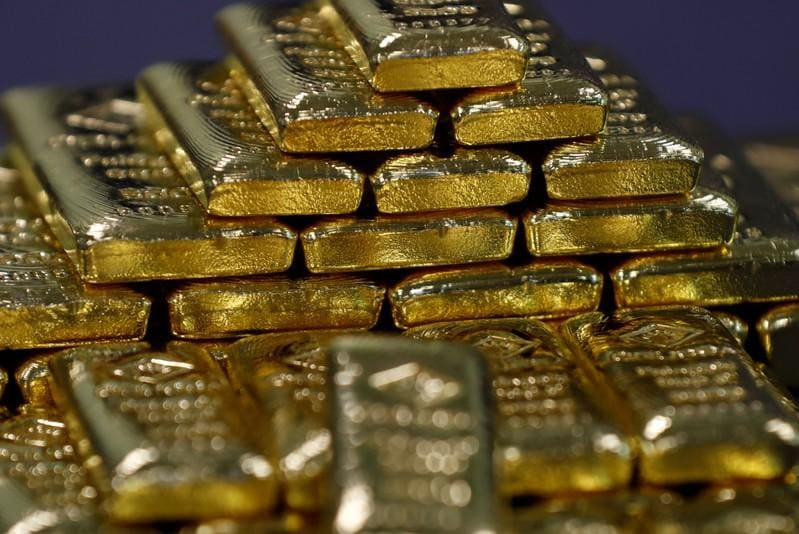 Gold trades near three-month peak as bets on U.S. rate cut grow