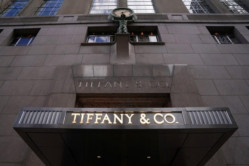 Tiffany sees lower Chinese tourist business; shares up
