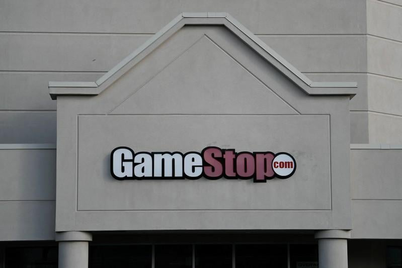 GameStop shares plunge 39%; analysts say 2019 could be challenging
