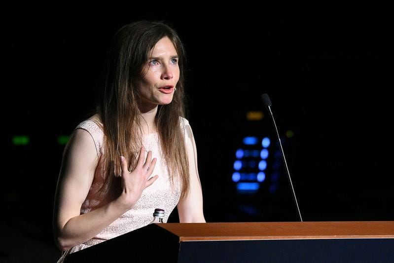 Amanda Knox breaks down in Italy as she relives murder trial