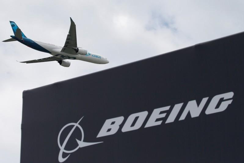 Airbus seals deals with big buyers, following Boeings MAX sale