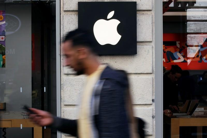 Apple, Keurig Dr Pepper, Dollar Tree, Fitbit press U.S. to drop China tariff plan