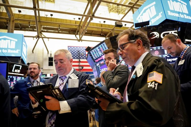 USA stocks dip as Trump talks of more tariffs on China