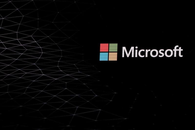 Microsoft to invest <img class=