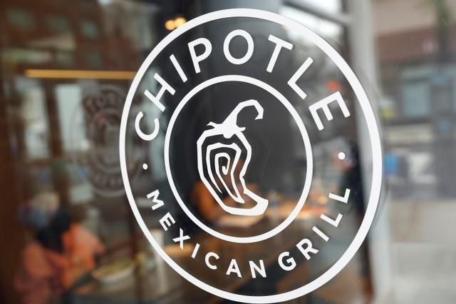 Customers got sick at a Chipotle in Ohio