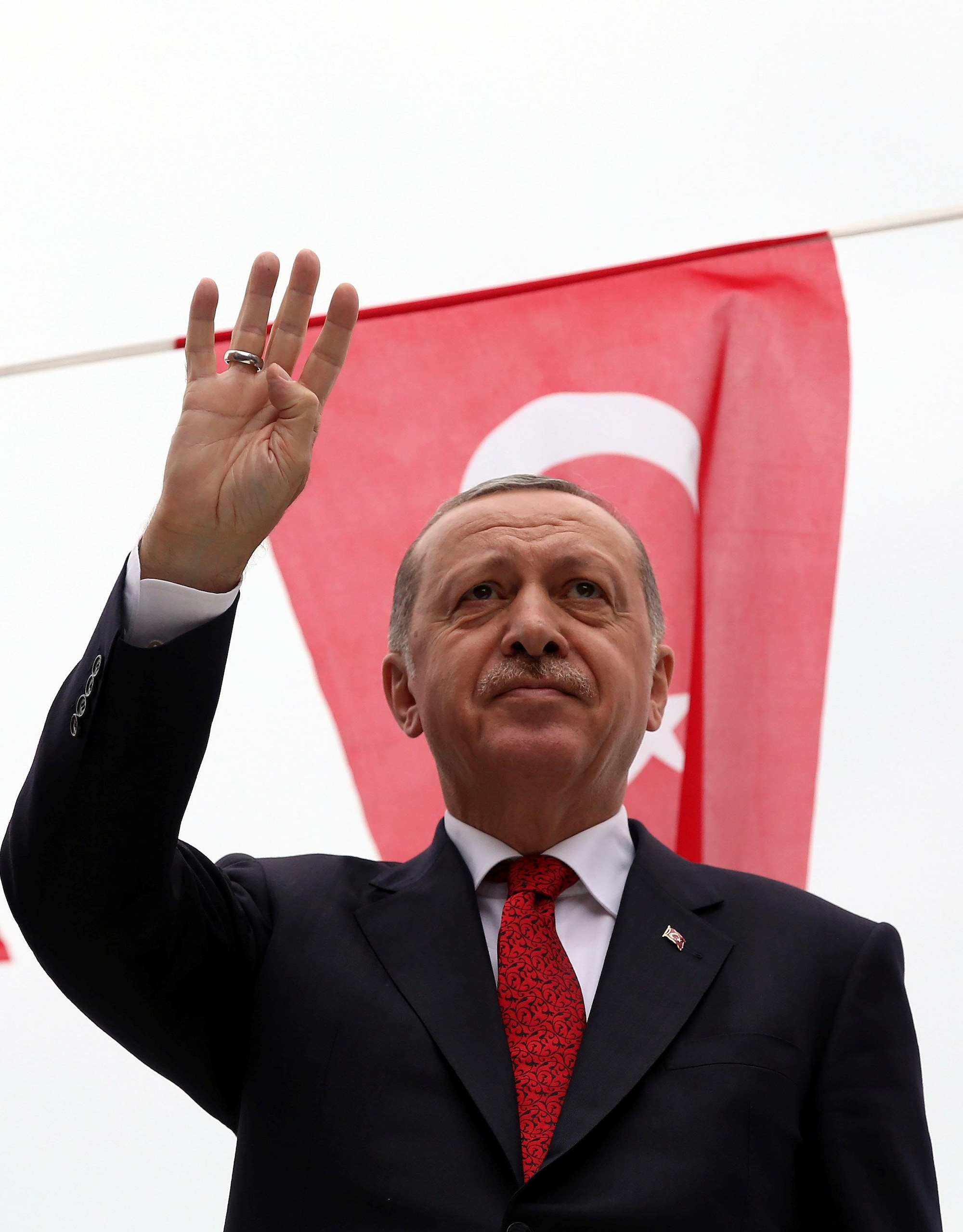 Erdogan says U.S. set deadline for pastor's release