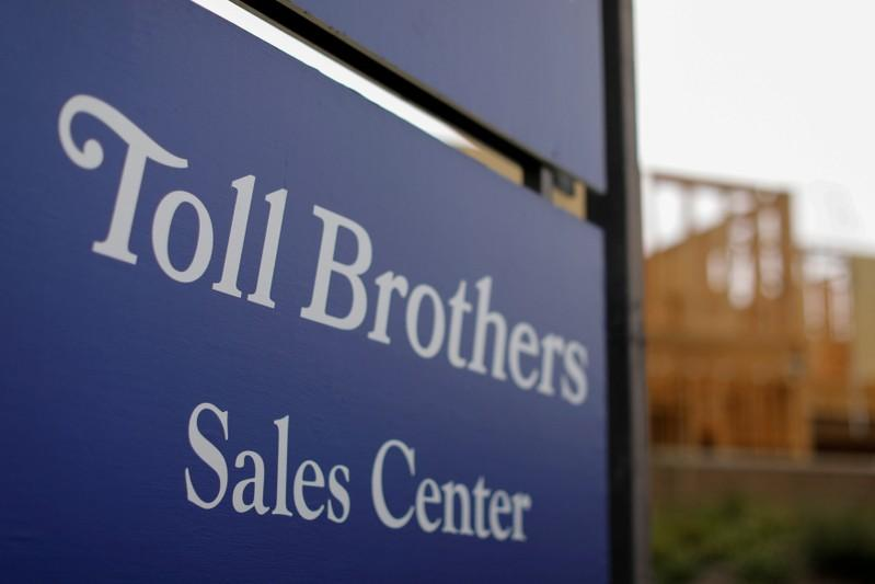 Toll Brothers profit beats on robust demand for luxury homes