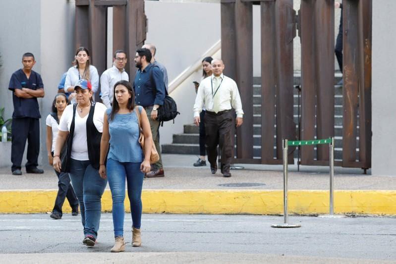 Powerful quake hits Venezuela coast, damage limited