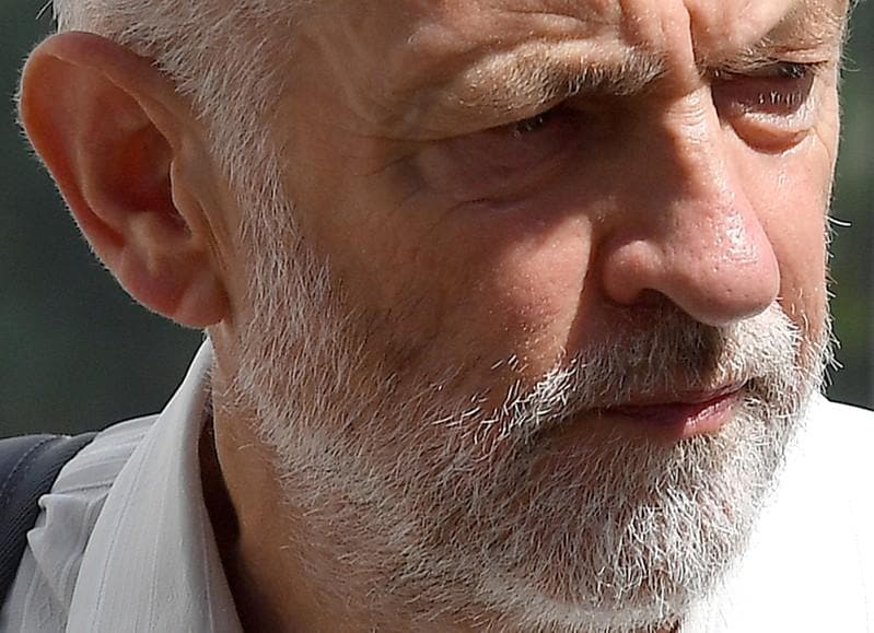 UK's Corbyn to meet asylum-seekers at centre of Scottish row