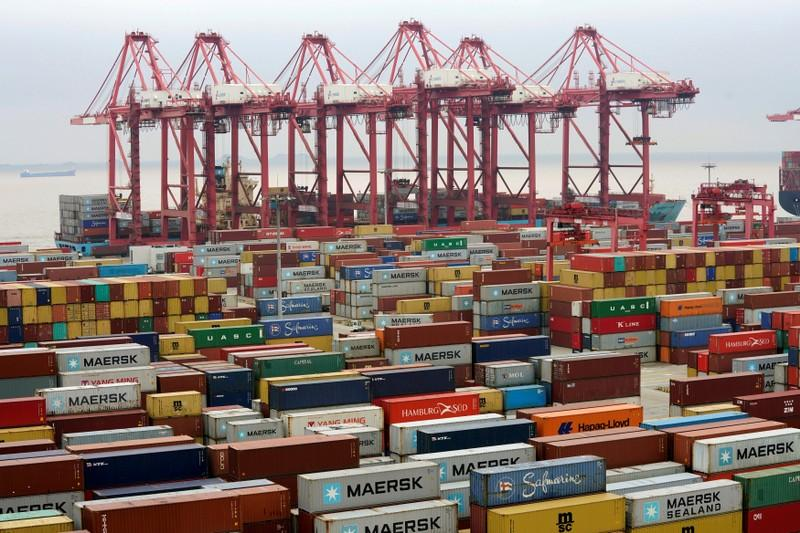 U.S. and China officials meet as Thursday tariff deadline looms
