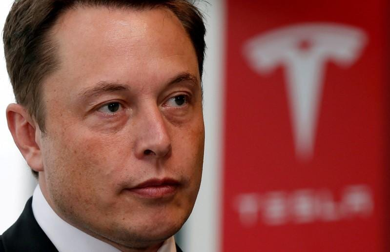 Fidelity fund votes backed Tesla, potential sign of more support