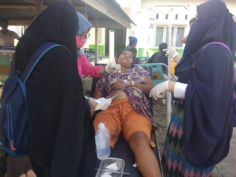 Tsunami hits small Indonesian city at dusk casualties unknown