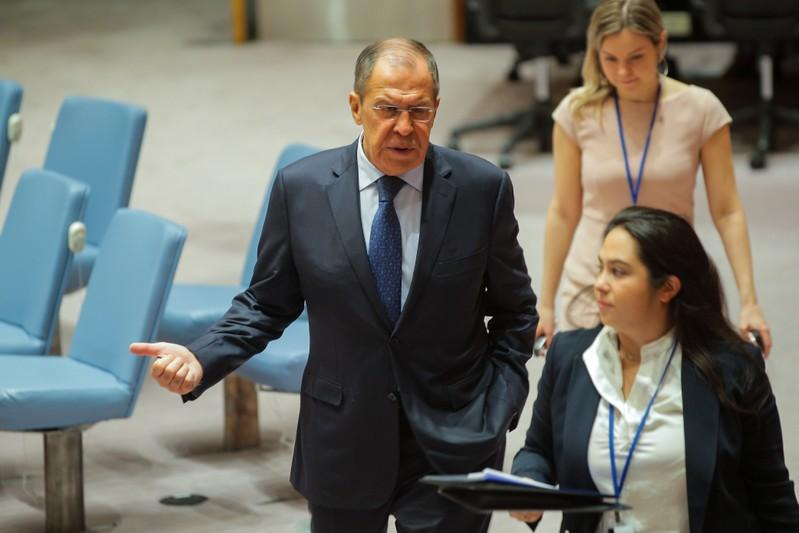 Russias Lavrov favours resumption of direct flights to Georgia  Kommersant