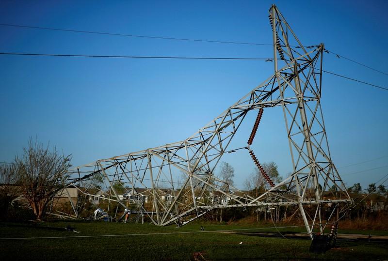 Michael brings dangerous winds, flooding in U.S. Mid-Atlantic - NHC