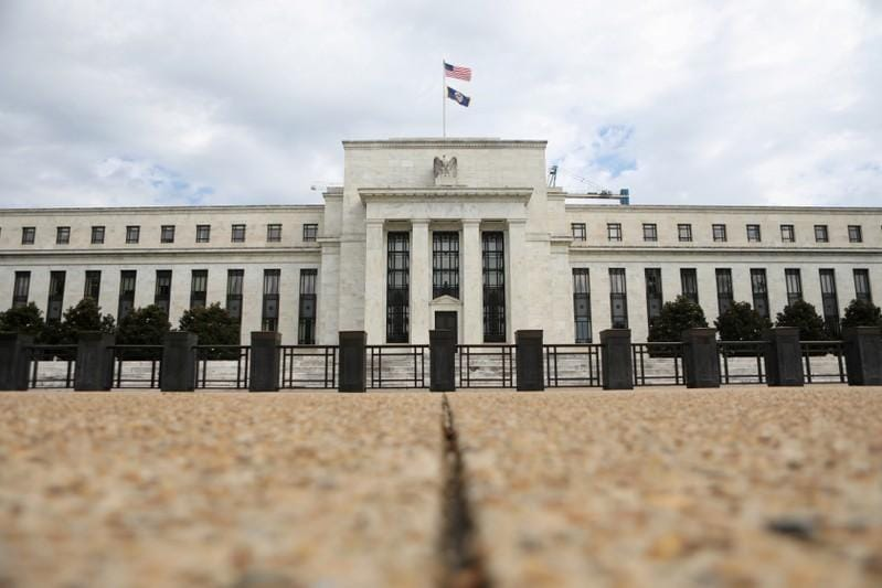 Despite Trump criticism, Fed policymakers see need for more rate hikes