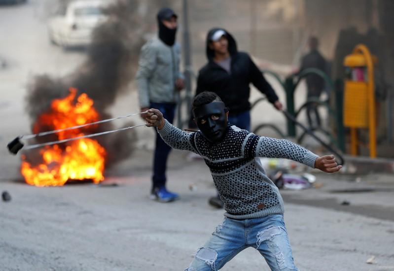 Israeli forces kill four Palestinians in Gaza border protest: medics