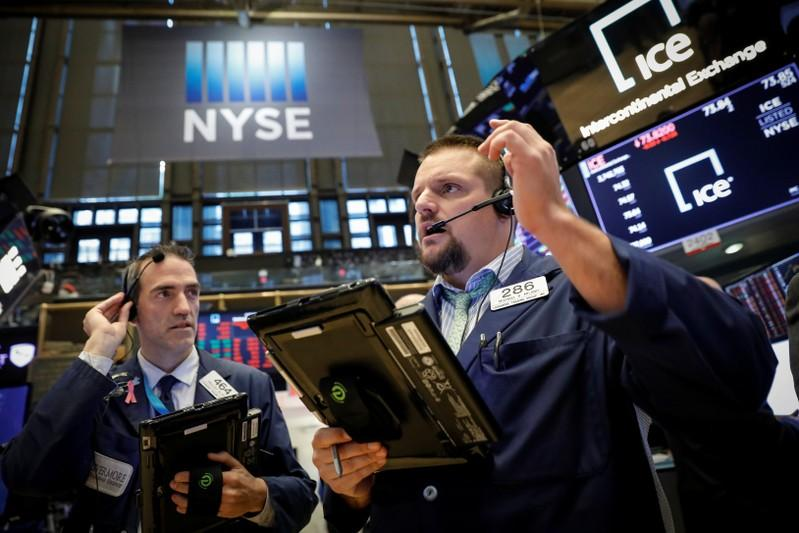 Wall Street drops on trade worries, S&P500 nears correction