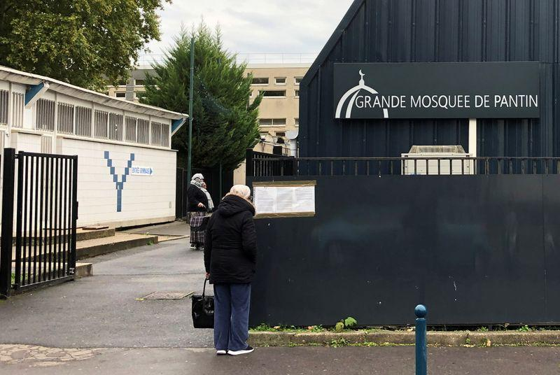 France shuts Paris mosque in crackdown after teachers beheading