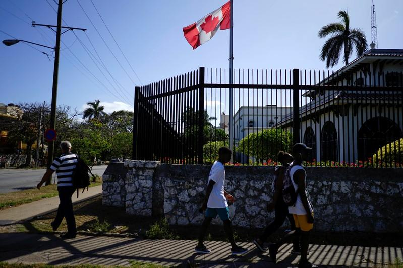Canadian diplomats hit by Cuba illness feel 'abandoned': paper