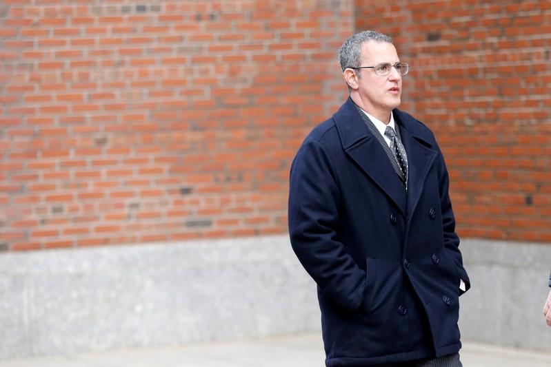 Former Insys executive pleads guilty to opioid bribe scheme