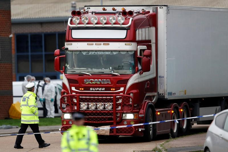 UK police say they believe all truck death victims were Vietnamese