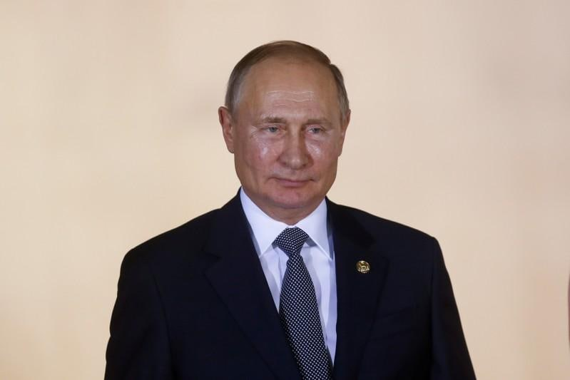 Russias Putin warns Bolivia is on the brink of chaos