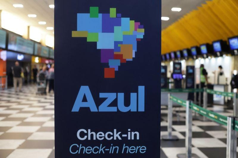 Brazils Azul posts 220 million loss but signals travel demand recovery