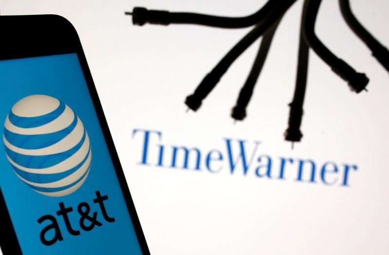 U.S. appeals court hears arguments on stopping AT&T purchase of Time-Warner