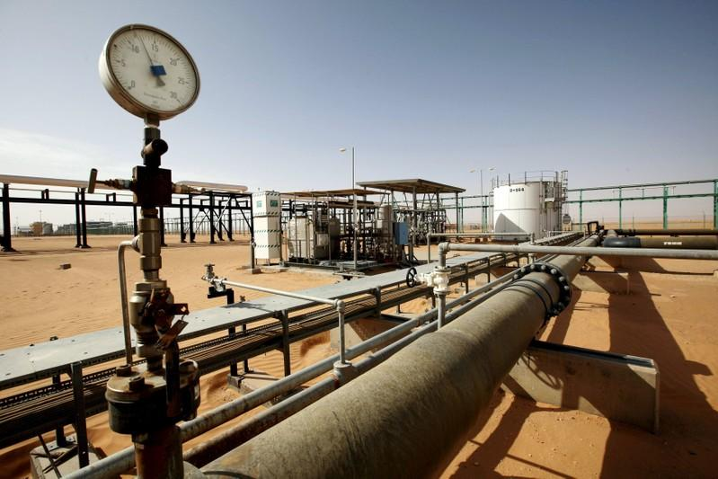 Protesters stop output at Libya's El Sharara oilfield: field guards
