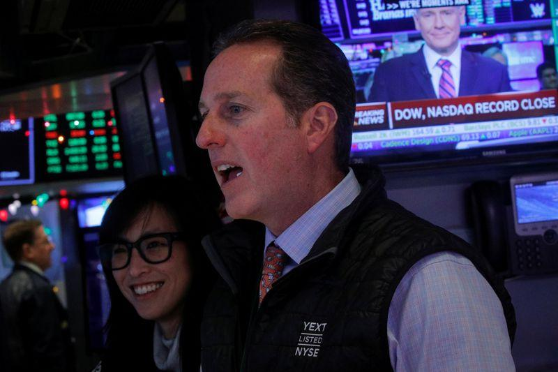 SP 500 Dow edge up to records Nasdaq win streak at risk