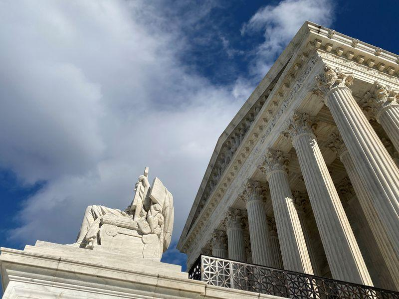 US Supreme Court allows Muslim men to sue over nofly list placement